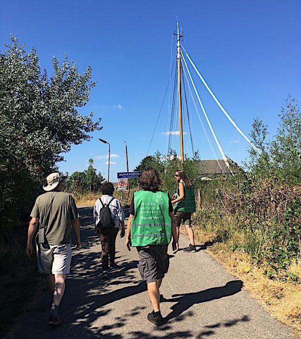 Eerste wandeling in Numansdorp
